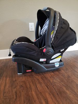 Graco snugride 35 LX car seat for Sale in Land O Lakes, FL