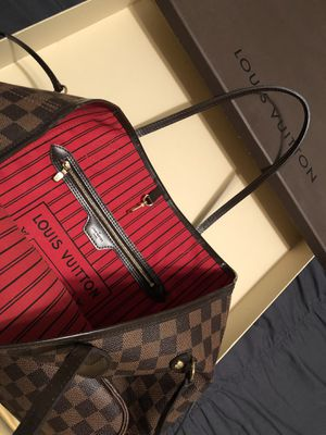 Louis Vuitton MM Neverfull for Sale in Pearland, TX