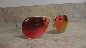 Ray Ban polarized Aviator gold sunglasses for Sale in Shelbyville, IN