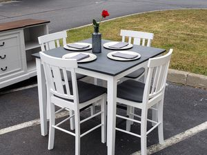 Hightop table and chairs for Sale in Lorton, VA