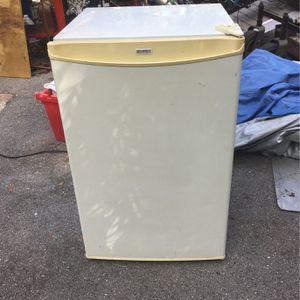 Dorm Size Refrigerator for Sale in Palmetto, FL
