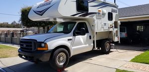 2000 Ford F250 7.3 diesel with a 2015 Lance 825 for Sale in Anaheim, CA