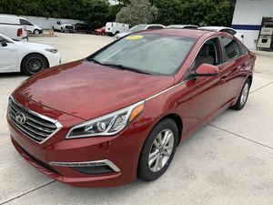 2015 Hyundai Sonata SE clean title one owner new tires for Sale in West Palm Beach, FL