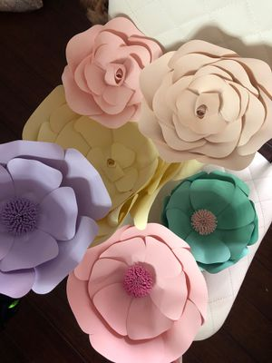 Set of paper flowers for Sale in Cranston, RI