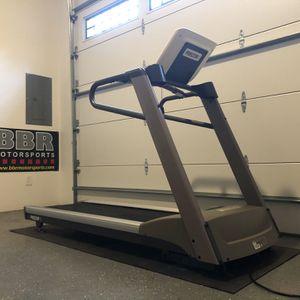 Precor Treadmill for Sale in Duvall, WA