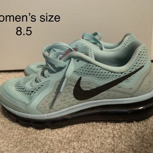 Women's Nike Sneakers for Sale in Northumberland, PA