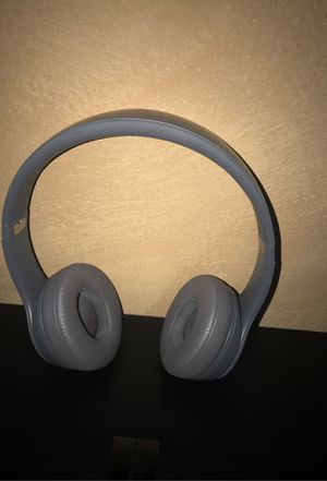 Beats solo wireless for Sale in Chicago, IL