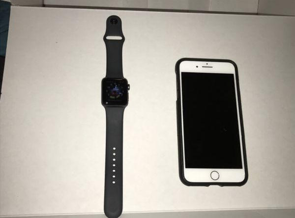 Apple Watch series 3 and iPhone 7 Plus unlocked with Apple Watch charger