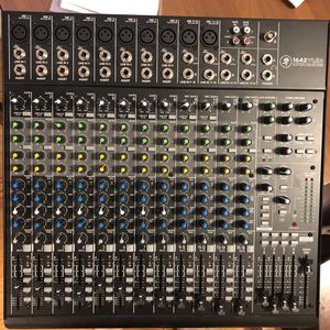 Mackie 1642 VLZ4 16 Channel Analog Mixer for Sale in Seattle, WA