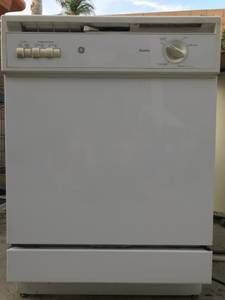 GE Dishwasher for Sale in Fontana, CA