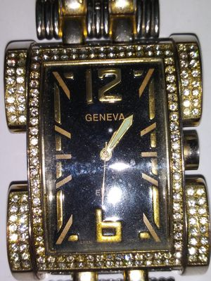 Geneva/elite wrist watch for Sale in Pleasant Hill, IA