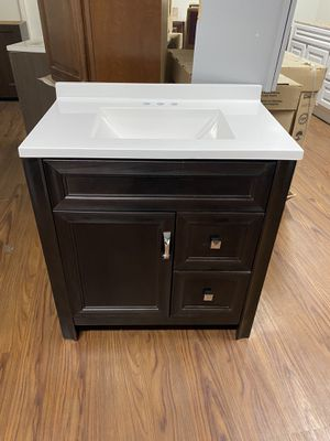 Bathroom Vanity 30 in for Sale in Las Vegas, NV