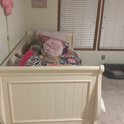 Twin Bed for Sale in Algona,  WA