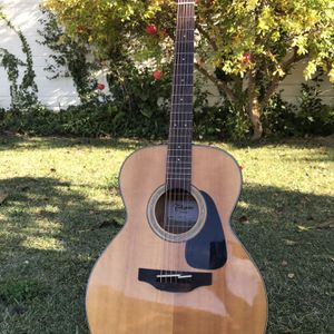 Takamine GD-30NAT Dreadnought Solid Top Acoustic Guitar Gloss Natural for Sale in Fremont, CA