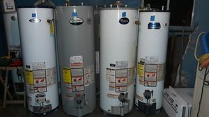 Water heater de gas natural y de L.P 30,40 y 50 galones for Sale in Bakersfield, CA