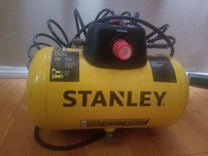 2-Gallon Single Stage Portable Electric Air Compressor for Sale in Los Angeles, CA