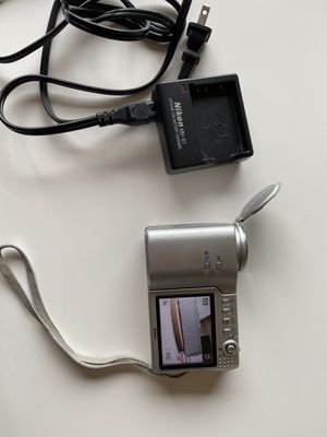Nikon Coolpix S10 10x optical zoom digital camera for Sale in Happy Valley, OR