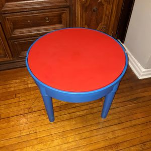 Round Plastic Construction Table Play Legos Kids Dining Building Blocks for Sale in Queens, NY