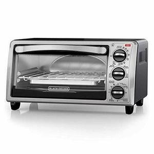 Black+Decker 4-Slice Toaster Oven for Sale in Dallas, TX