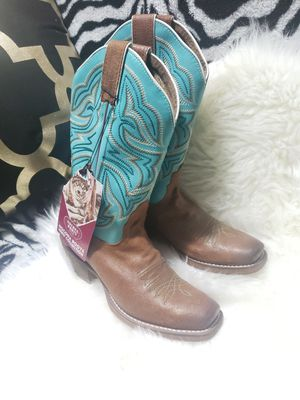 Brand new girl boots size 6 for Sale in Wichita, KS
