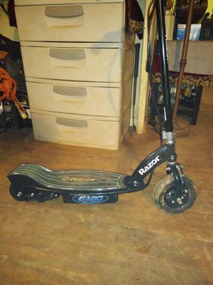 Razor e100 electric scooter for Sale in Greenville, SC
