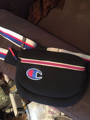 CHAMPION AUTH WAIST/CHEST BAG for Sale in Washington, DC