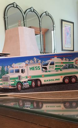 1995 HESS Truck New In Box Never Opened for Sale in FL,  US