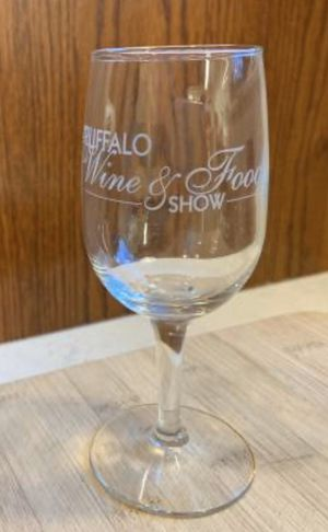 Wine Glasses (Please read the full posting) for Sale in Niagara Falls, NY