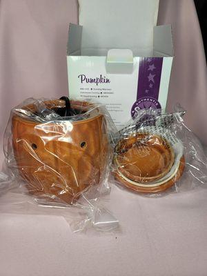 Pumpkin Scentsy Wax warmer for Sale in Portland, OR