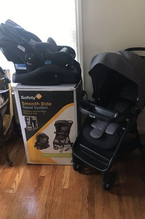 Safety 1st car seat and stroller combo for Sale in Detroit, MI