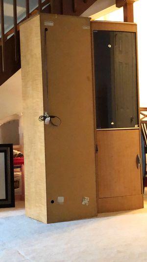 Curio cabinets for Sale in Hampton, VA