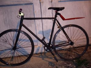 Custom road bike single gear for Sale in Columbus, OH