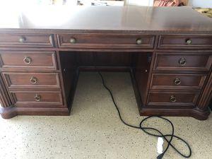 Windmere executive desk for Sale in Boca Raton, FL