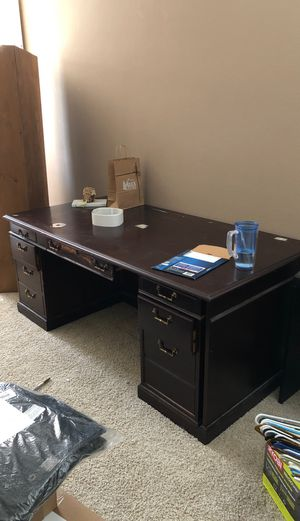 Office desk solid wood for Sale in Rancho Cucamonga, CA