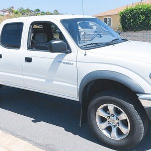 2003 Toyota Tacoma TRD Sport Double Cab 4WD for Sale in Fresno, CA
