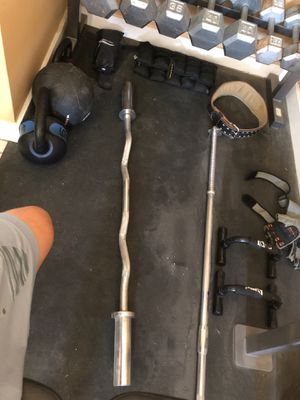 Olympic curl bar for Sale in Pearblossom, CA