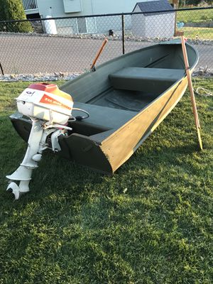 10' aluminum boat with the Sea King 5hp trolling motor short shaft. for Sale in East Wenatchee, WA