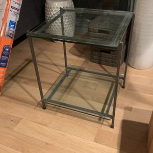 End Table for Sale in Alexandria, VA