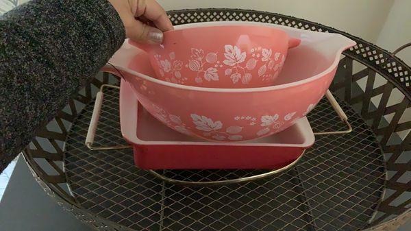 Pretty in pink vintage Pyrex