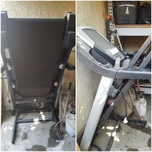 Treadmill has a fan and speaker to play mp3 player it inclines as well for Sale in Bellflower, CA