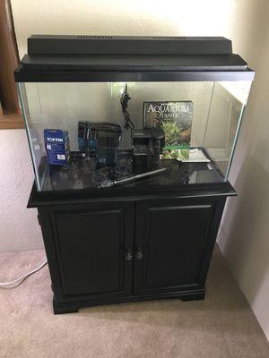 29 gallon aquarium fish tank complete setup with stand for Sale in Tacoma, WA