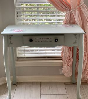 Desk / entry table for Sale in Katy, TX