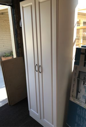 Woood storage cabinet for Sale in Glendale, AZ