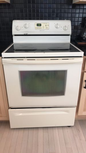 Whirlpool Oven for Sale in St. Louis, MO