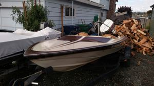 Sterling ski boat 16 ft. Runs great. Needs new interior for Sale in Tulalip, WA