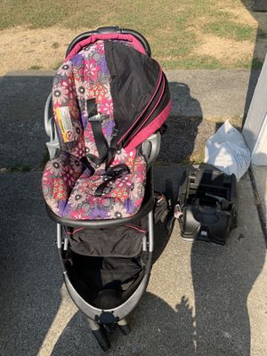 Car seat and stroller for Sale in Palo Alto, CA