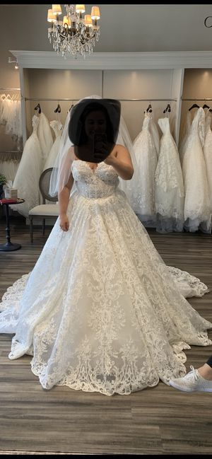 Rivini Wedding Dress Size 14! NEVER WORN NEVER ALTERED! for Sale in San Diego, CA