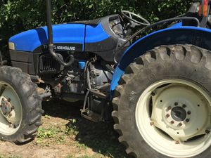 New Holland TN55 tractor for Sale in Barrington, IL