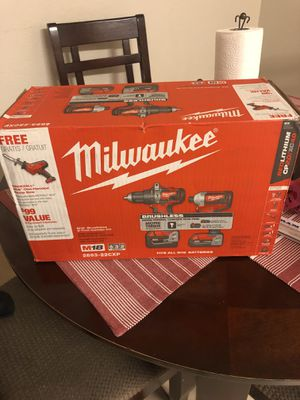 Milwaukee 2893-22CXP M18 18-Volt Lithium-Ion Brushless Cordless Hammer Drill/Impact/Hackzaw Combo Kit (3-Tool) with 2 Batteries, Charger and Bag NEW for Sale in Seattle, WA