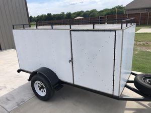 Nice enclosed cargo trailer 4'x10' by 4' high - tags good til 4/21 - lights work for Sale in Grand Prairie, TX